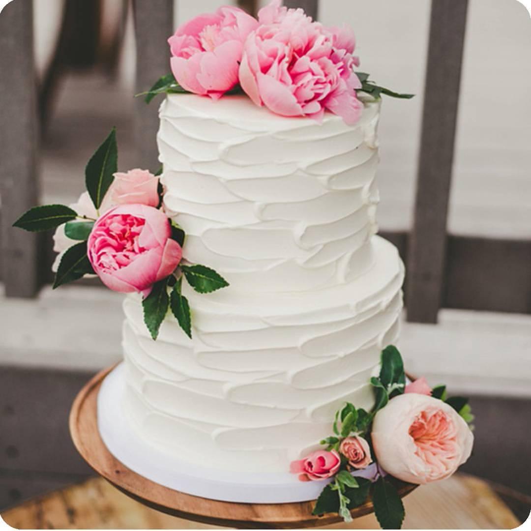 Свадебный торт с цветами 4 кг