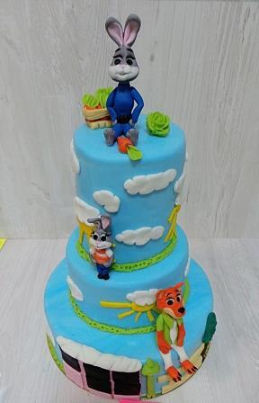 Трехъярусный торт Зверополис